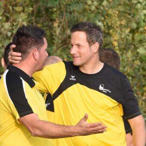 Dirk Meinke verlängert seinen Vertrag bei SG Oestinghausen